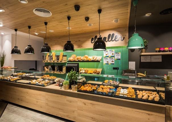Diseño de franquicia panadería cafetería El Taller. Proyecto realizado por Sincro.