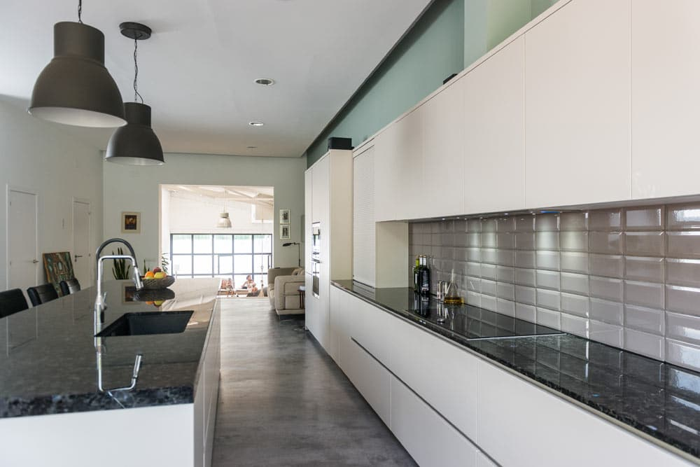 Taulell de cuina Naturamia de granit negre - Loft Barcelona