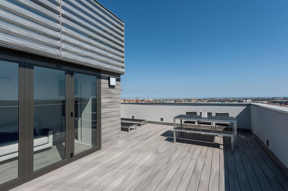 Ático con terraza reformada en Barcelona