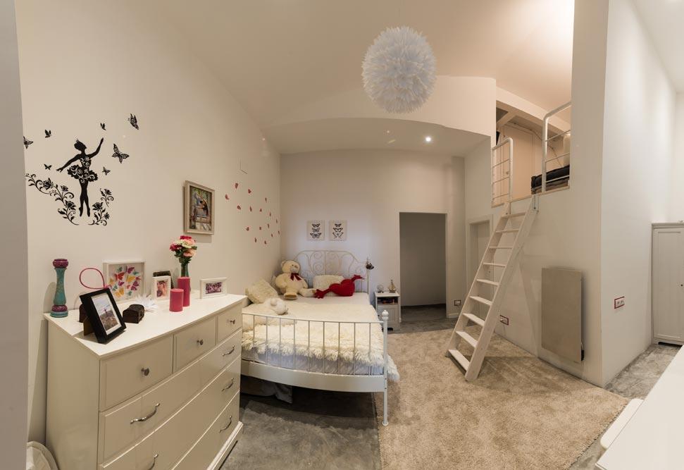 Dormitorio infantil doble altura