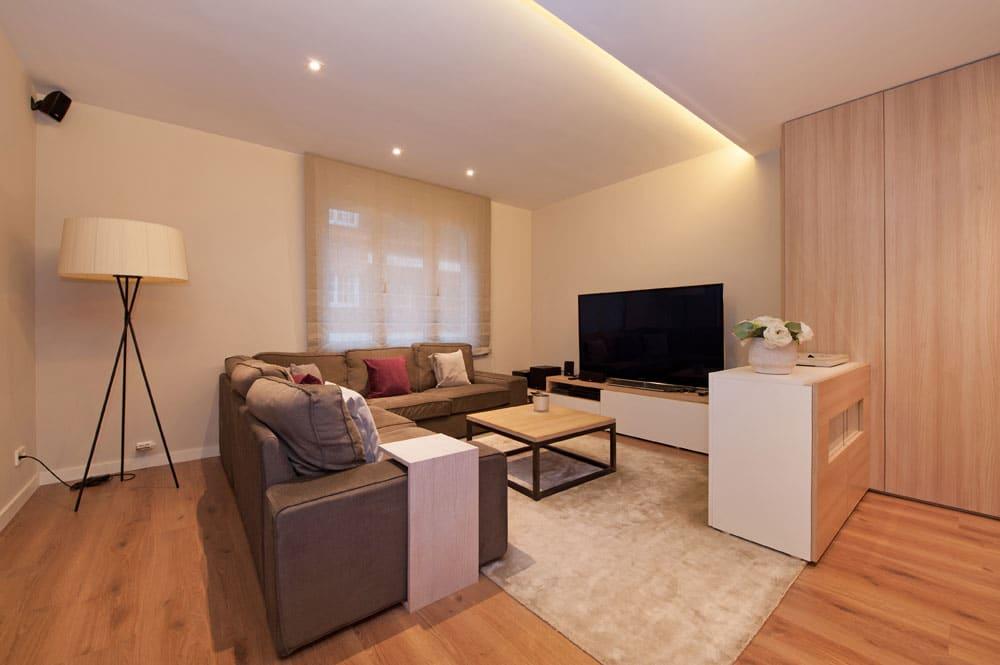 Espacio de relax con un ambiente acogedor para la ver la televisión