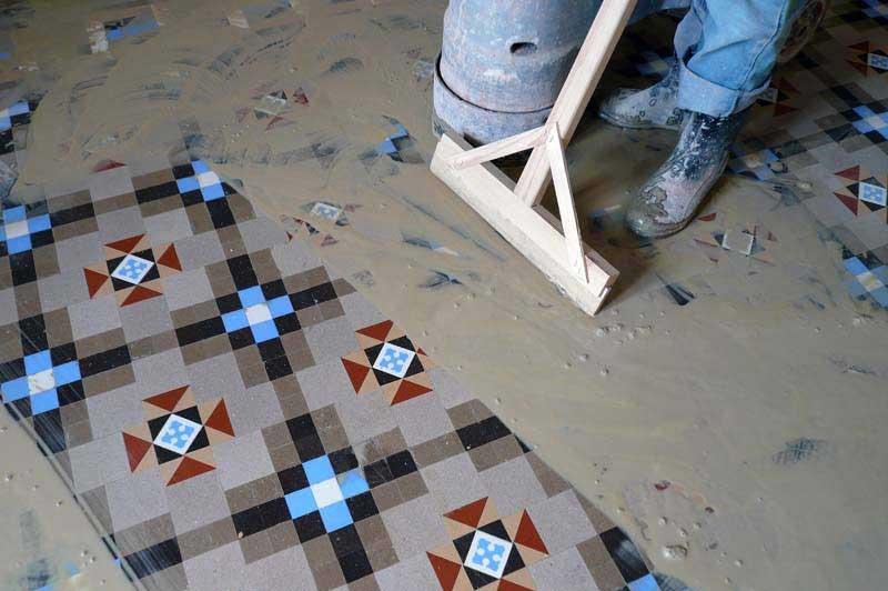 Restauración de baldosas hidráulicas modernistas Pinar Miró - Reformas de pisos modernistas