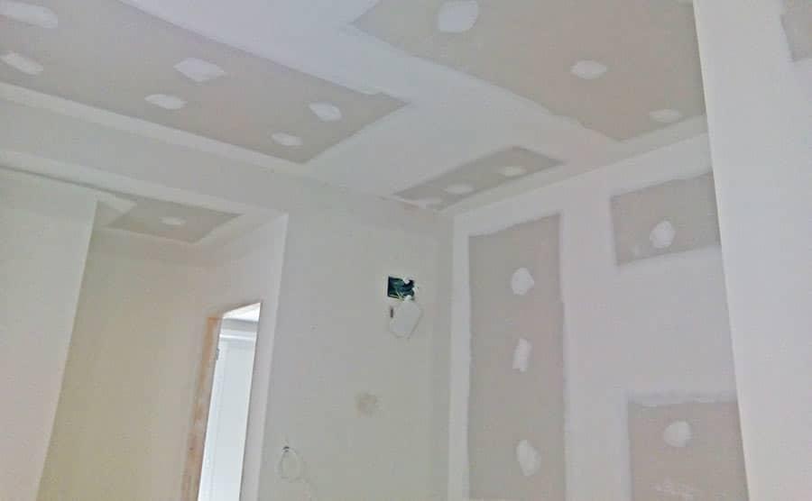 Acabados de las placas de pladur en paredes y techos - Reforma de piso Sincro