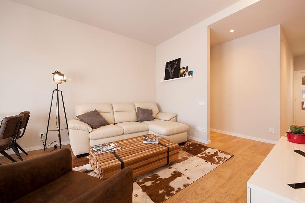 Rincón con sofá en la sala de estar