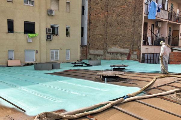 Impermeabilización de tejado de nave. Rehabilitaciones Sincro.