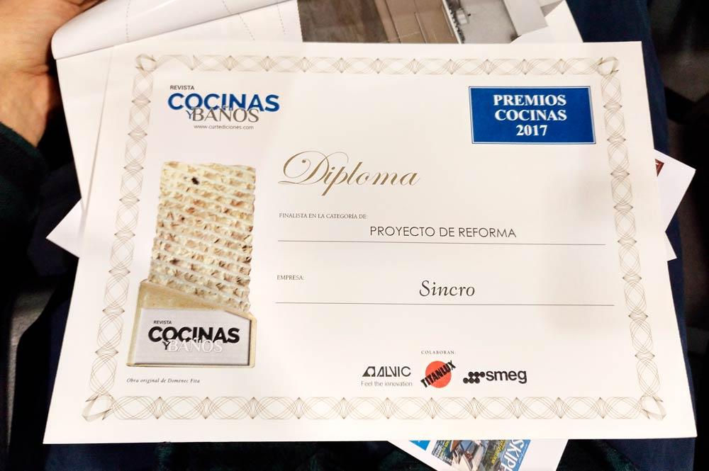 """Diploma de Sincro a """"Mejor proyecto de reforma"""" en los premios de la Revista Cocinas y Baños."""