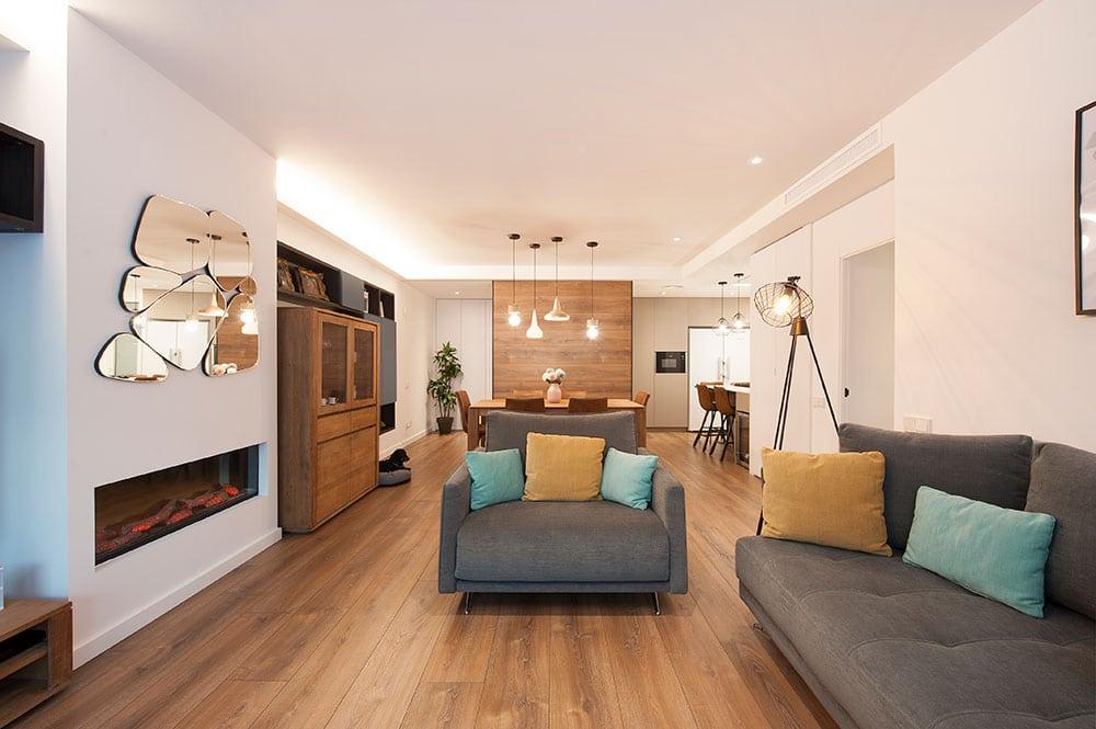 butaca d'una plaza que complementa el sofà del saló