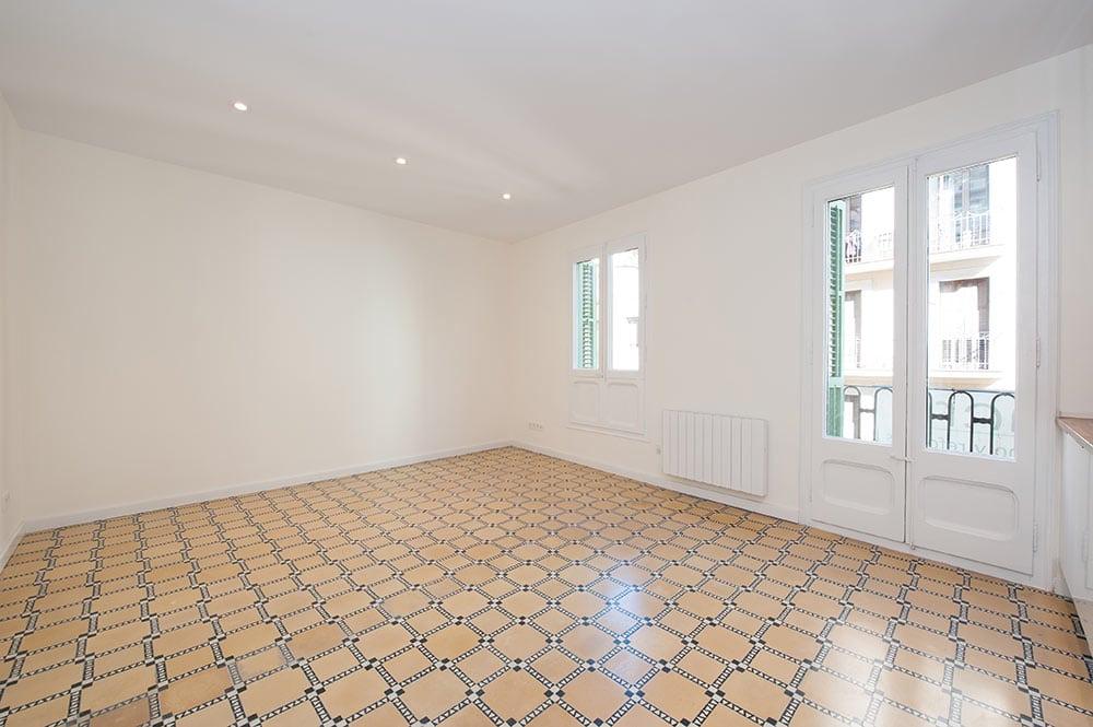Suelo hidráulico en un piso reformado en Sant Gervasi de Barcelona - Sincro