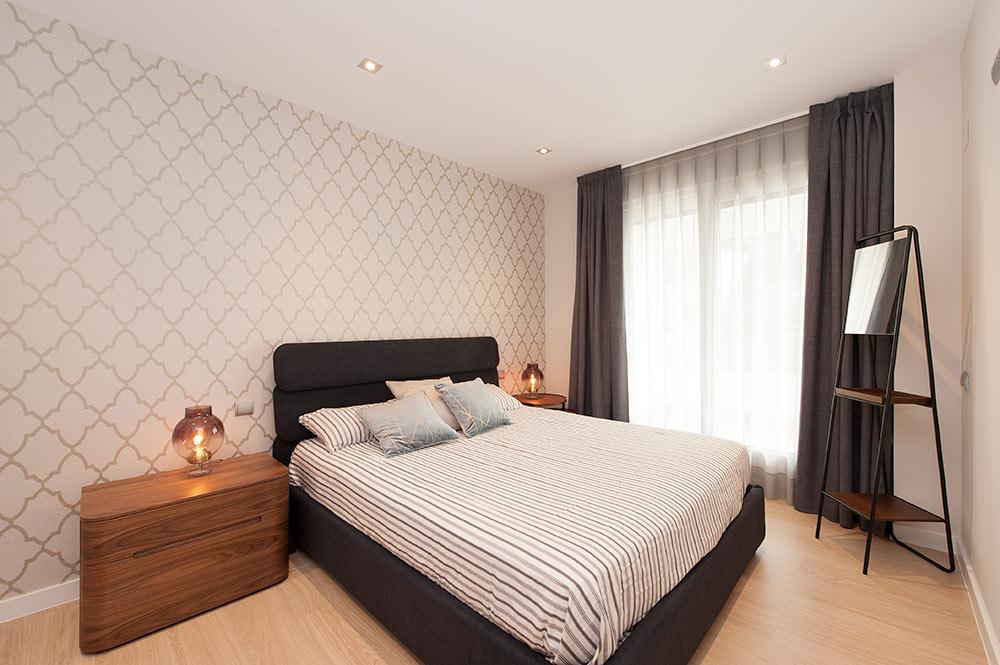 papel pintado retro dormitorio