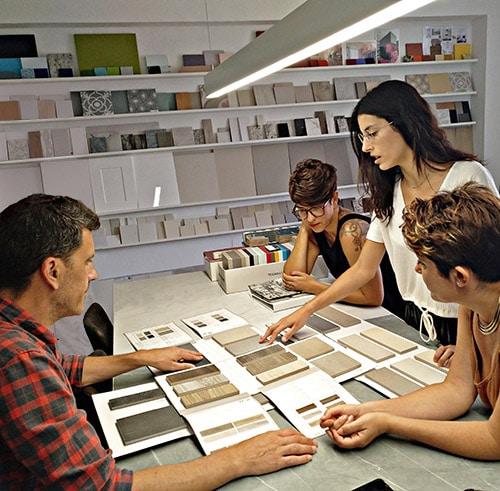 interioristas oficina Sincro barcelona - Sala de muestras