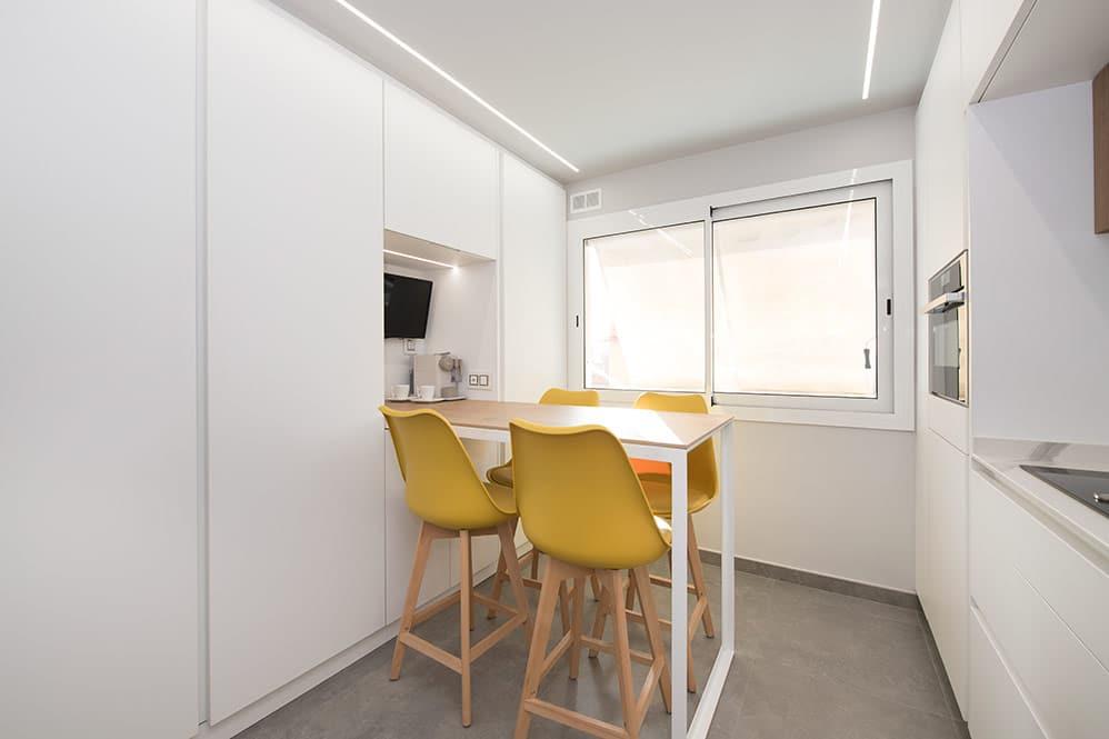 Barra de cocina prolongación del mueble columna de la cocina - Sincro