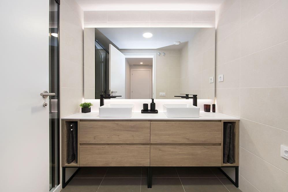 Mueble de baño Unibaño con dos lavabos