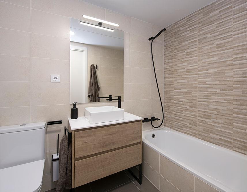 mueble lavabo tegar madera y blanco