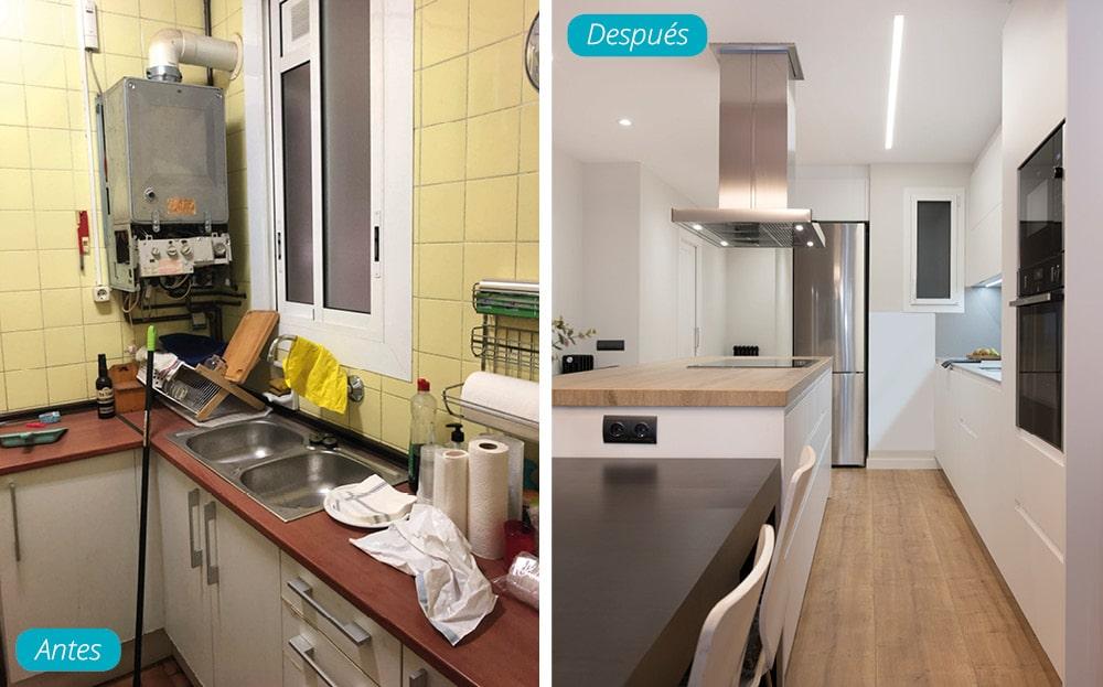 Antes y después cocina. Cambio radical. Cocina con acabado en blanco y madera. Suelo parquet. Reforma Sincro
