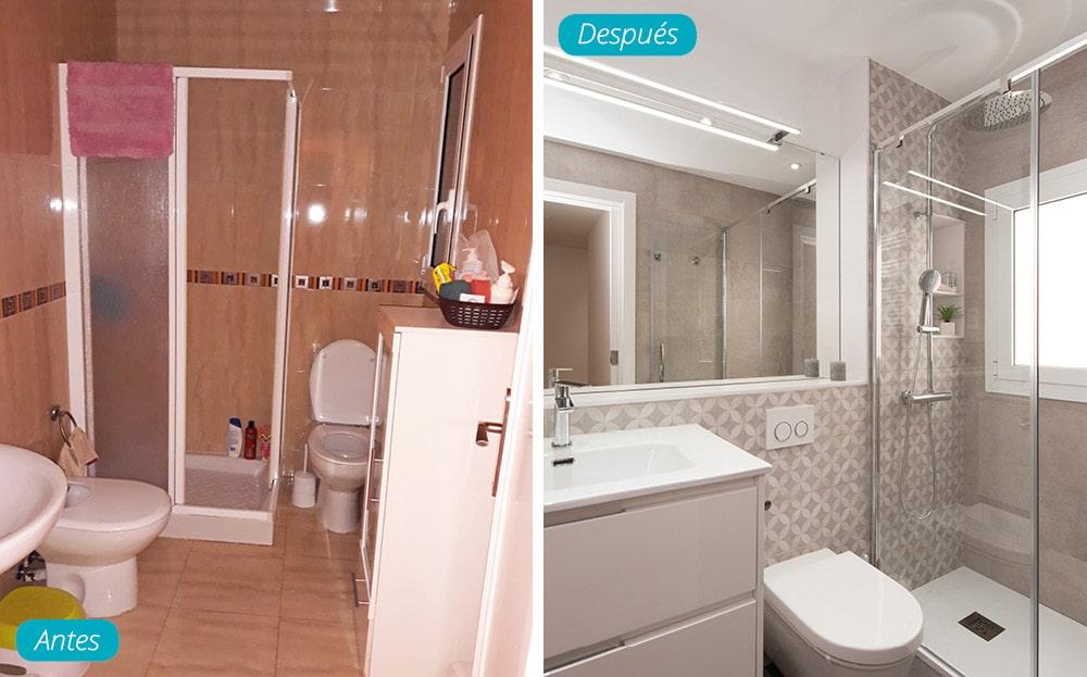 Antes y después baño con tonalidades grises