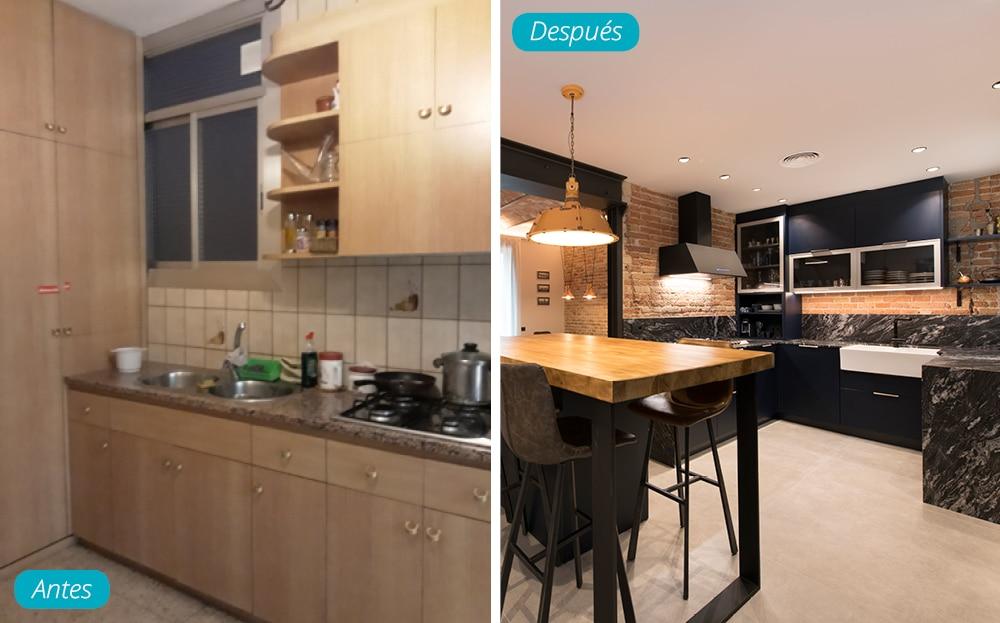 Antes y después cocina de estilo industrial y con isla. Reforma en Barcelona realizada por Sincro.