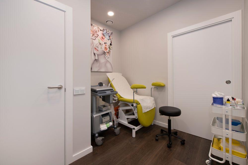 Sala de exploración ginecológica. Diseño interior Sincro.