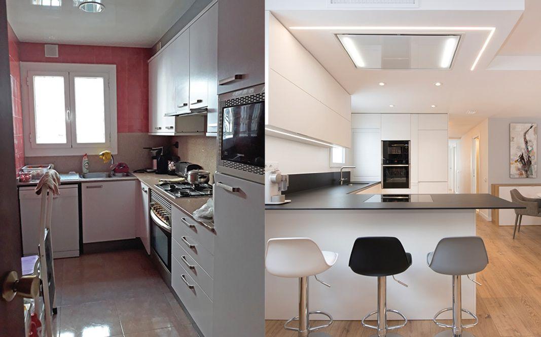 Antes y después cocina cambio radical. De antigua cerrada a abierta y moederna. Mueble blanco y encimera negra. Sincro Barcelona